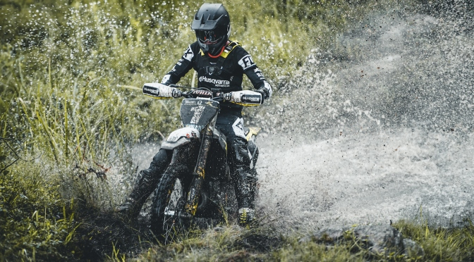 SOUTH AFRICAN SHOWDOWN IN RUGGED NATAL
