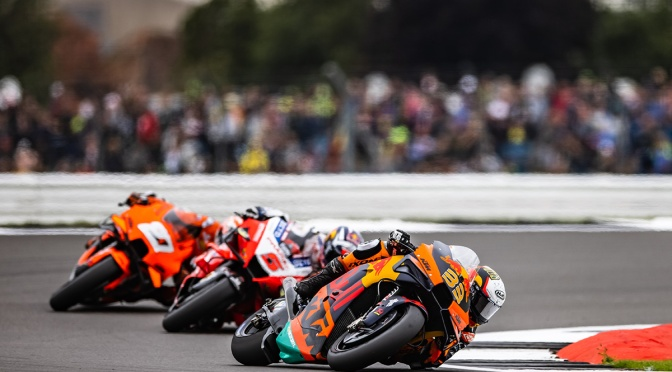 BRAD FINISHES A STRONG SIXTH AT SILVERSTONE